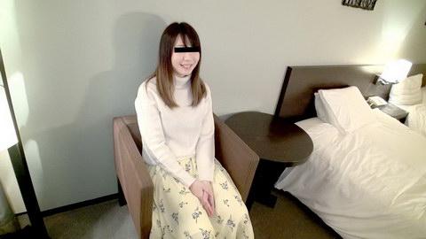 素人初撮り!現役機械工学の女子大生が好奇心で中出しを懇願 畑山弘子