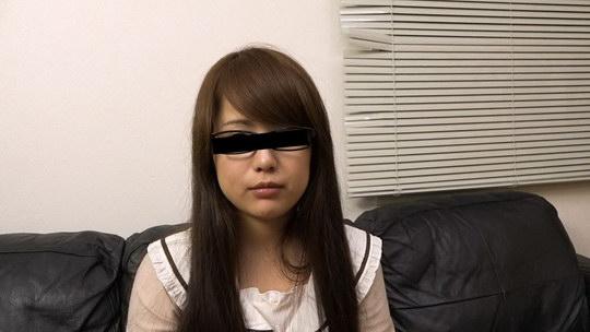 メイドカフェで勤務しているメガネ娘を騙してハメちゃいました 中野ゆう
