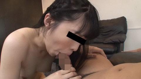 喉の奥までくわえてあげる 泉麻里香