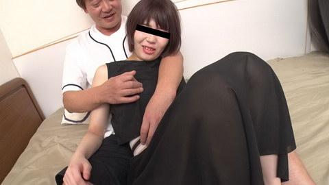 おじさん達に凄くヤらしいことされちゃった 芦田まこ